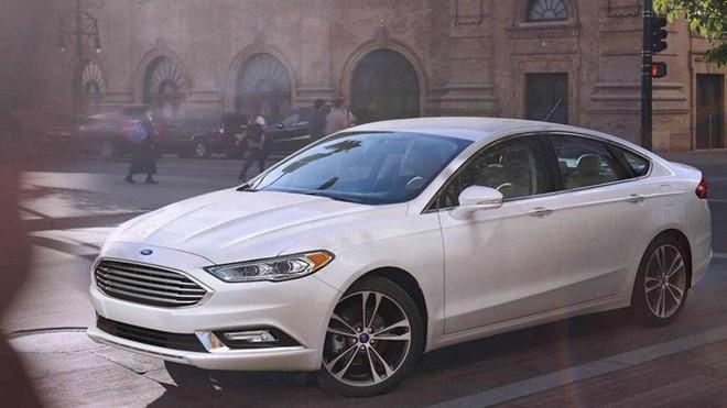 13 cửa hàng Ford phát hiện ma túy đá trong lốp xe