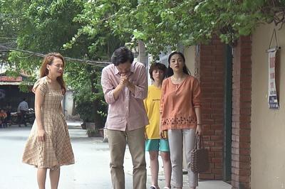 Cả đoàn phim 'Về nhà đi con' đều khóc khi ông Sơn đến nhà Vũ đón Thư về