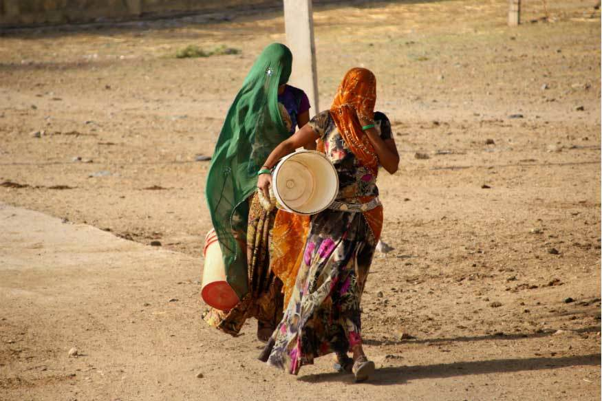 Trời nóng 50 độ C, gần trăm người Ấn Độ thiệt mạng