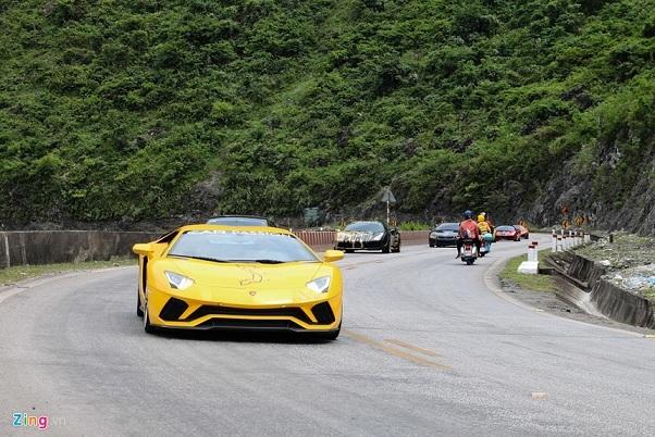 Điểm danh những hành trình siêu xe nổi tiếng thế giới