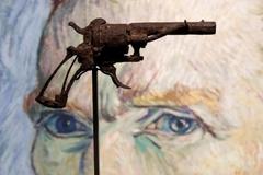 'Khẩu súng tự sát' của danh họa Van Gogh giá hơn 4 tỉ đồng