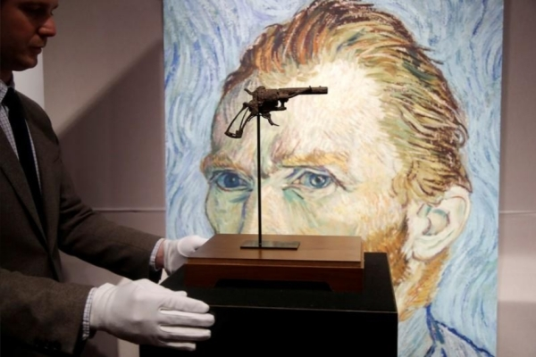 Van Gogh,danh họa,họa sĩ,hội họa,tự sát,tâm lý,Pháp,vũ khí
