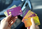 Vietnam's banks change from magnetic cards to chip cards