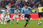 Uruguay 1-1 Nhật Bản: Tấn công tìm thêm bàn thắng (H2)