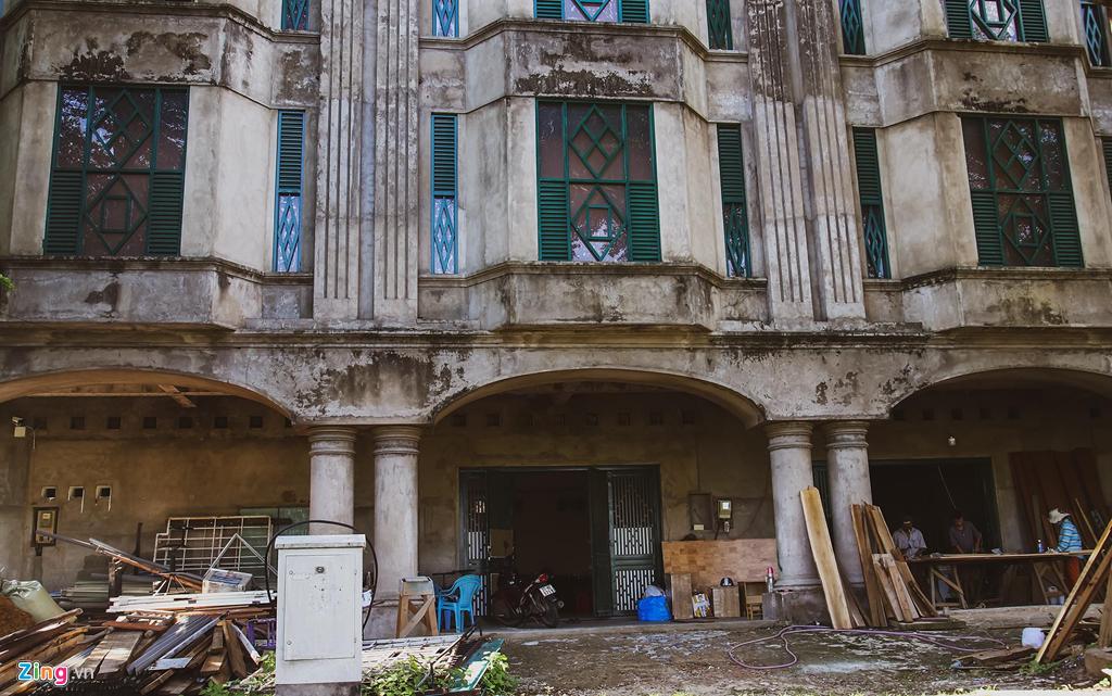 biệt thự bỏ hoang,dự án bỏ hoang