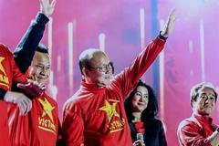 Thầy Park gia hạn hợp đồng, tiền Thái Lan không mua được