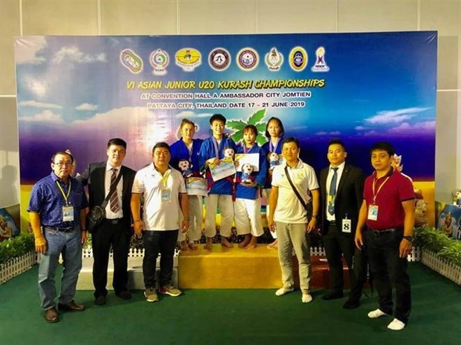 Vietnam wins two golds in Asian junior kurash championships