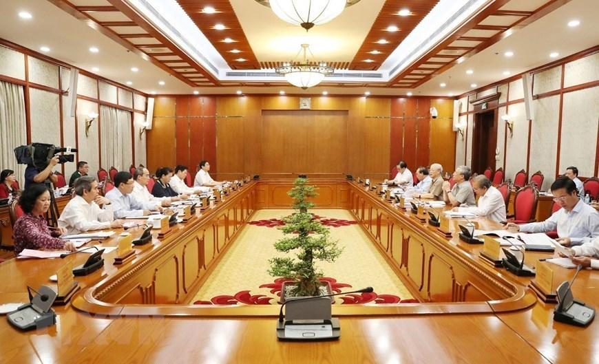Hình ảnh Tổng bí thư, Chủ tịch nước chủ trì họp Bộ Chính trị
