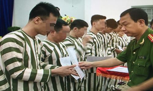 Đặc xá,tù nhân,tội phạm