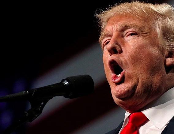 Ông Trump bị cáo buộc tấn công tình dục