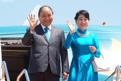 Thủ tướng đến Bangkok, bắt đầu dự Hội nghị Cấp cao ASEAN