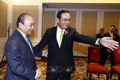 Thủ tướng Nguyễn Xuân Phúc hội kiến Thủ tướng Thái Lan