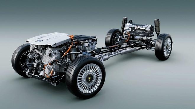 Khám phá 'đồ chơi' trên 'Rolls-Royce' của Nhật Bản