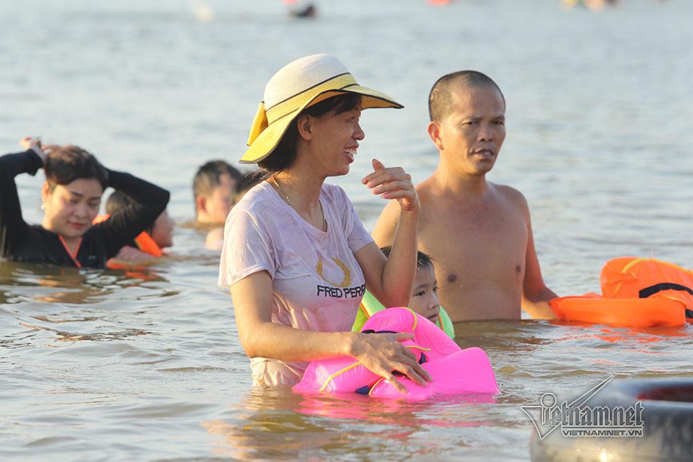 Nắng nóng,Hà Nội,bãi tắm