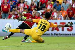 Văn Lâm chơi tốt, Muangthong United thắng tưng bừng