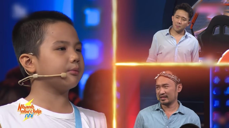 Cậu bé 7 tuổi đổi 50 triệu lấy chữ ký Trấn Thành