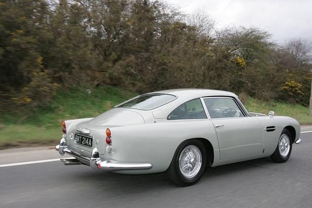 'Bản sao' siêu xe của 007 James Bond có giá tới 6 triệu USD