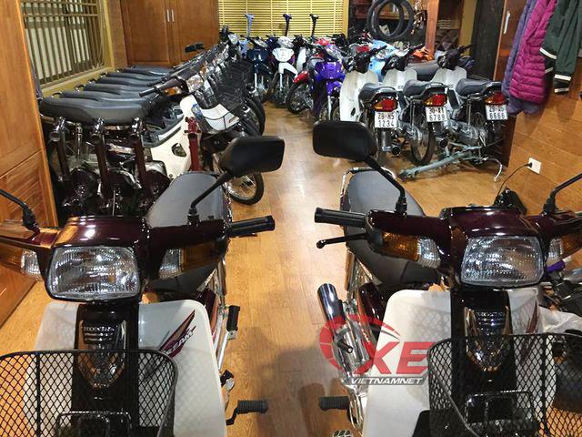 Dân chơi Hà Nội 'rã' Honda Dream Thái 180 triệu bán phụ tùng