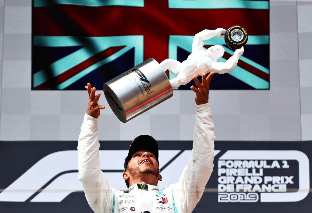 Hamilton độc diễn trên đường đua nước Pháp