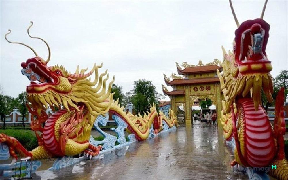 Danh hài Hoài Linh vung 100 tỷ xây nhà thờ Tổ và chuyện bất ngờ