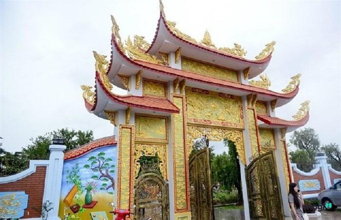 nhà thờ tổ 100 tỷ,Hoài Linh