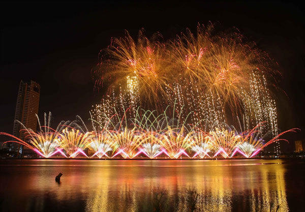 England and Finland to display in final of Da Nang fireworks fest