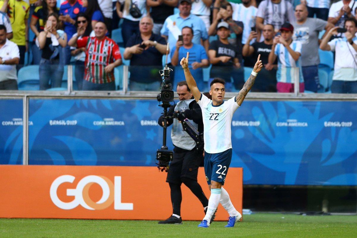 Argentina vào tứ kết Copa America, quà sinh nhật cho Messi