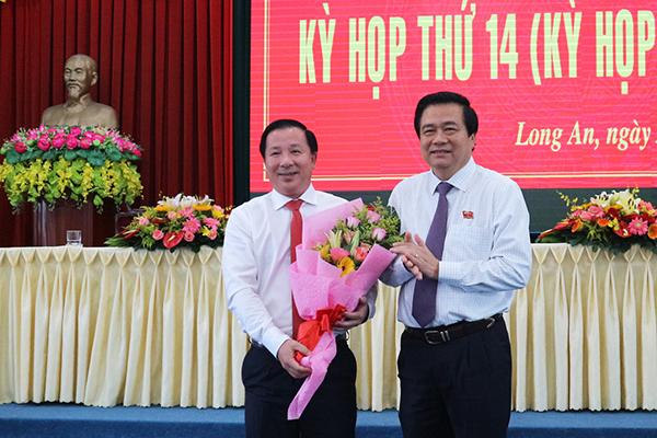 Thủ tướng phê chuẩn Phó chủ tịch tỉnh Long An