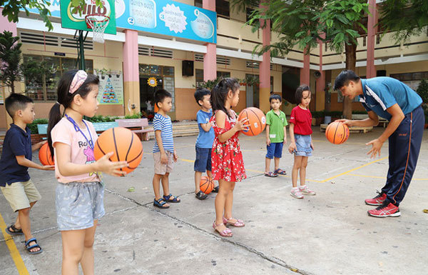 Summer vacation,searching for extra classes,social news,english news,Vietnam newsvietnamnet news,Vietnam latest news,Vietnam breaking news,Vietnamese newspaper,Vietnamese newspaper articles