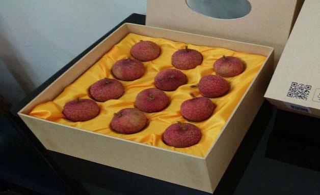 Giữa đất Lục Ngạn, vải thiều hữu cơ đóng hộp bán giá 200 ngàn/12 quả