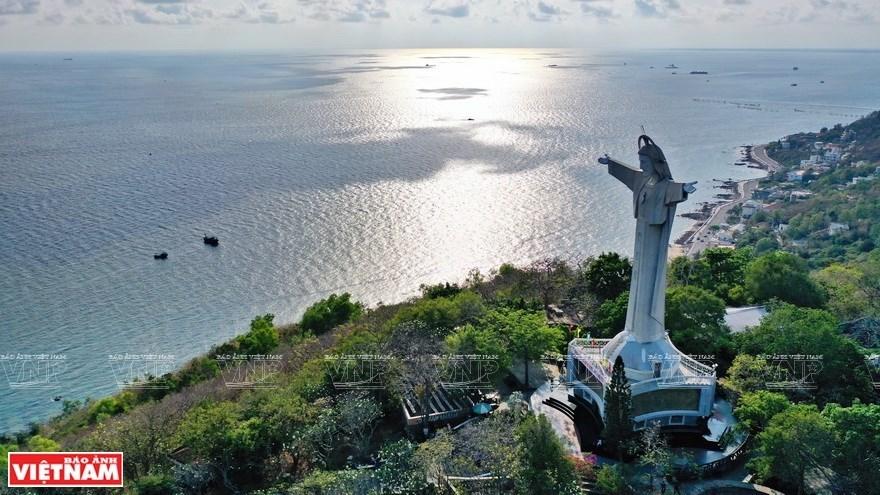 Towering statue of Jesus Christ in Vung Tau