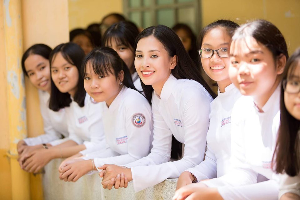 Sơn Tùng M-TP,Ngô Kiến Huy,Katleen Phan Võ,Uni5,H'Hen Niê,Tiểu Vy,Lan Phương,Angela Phương Trinh