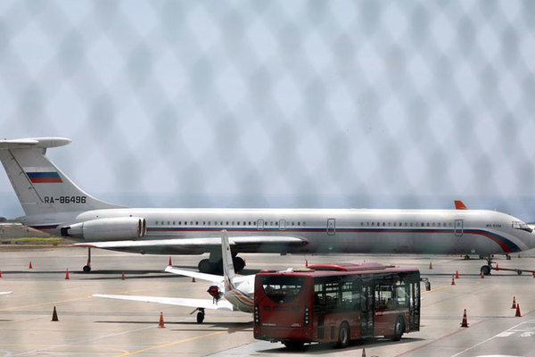 Máy bay quân sự Nga xuất hiện ở Venezuela