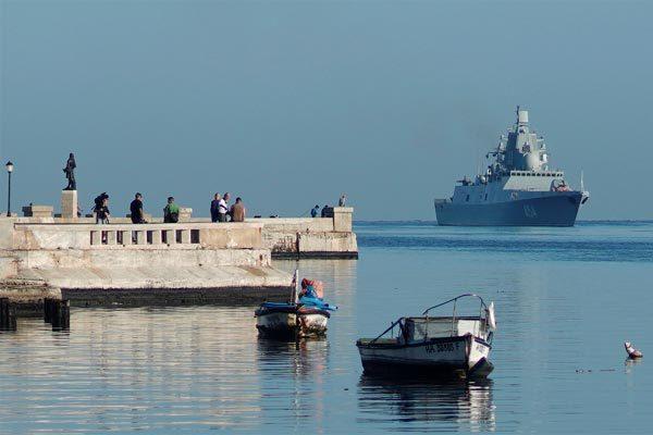 Tàu chiến Nga đến Cuba, Mỹ đứng ngồi không yên