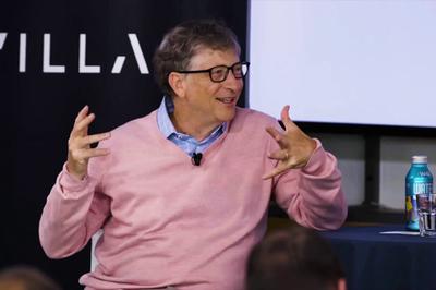 Bill Gates thừa nhận mất 400 tỷ USD vì chậm chân hơn Google