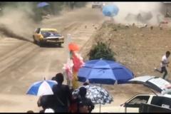 Kết cục bi thảm của cuộc đua xe vì mất lái
