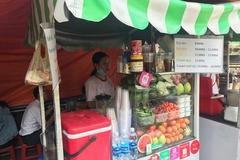 E-wallets' latest converts: HCM City street vendors
