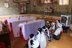 Lạnh toát những quan tài phủ vải trắng vụ 3 chị em chết đuối ở Quảng Bình