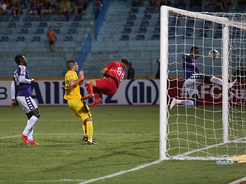 Chiếu chậm trận thắng kịch tính đưa Hà Nội vào chung kết AFC Cup