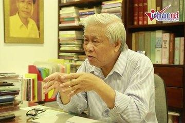 Nhà thơ Vũ Quần Phương đưa ra đáp án Ngữ văn của riêng mình