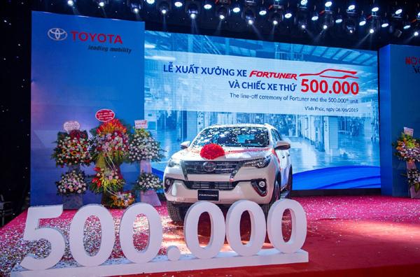 Gần 25 năm, người Việt mua 500.000 xe Toyota