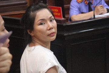 Bác sĩ bị vợ thuê người chém kháng cáo, truy vai trò của bà Hoa Sen