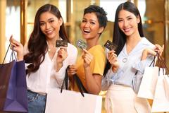 'Cơn lốc' ưu đãi từ thẻ tín dụng Nam A Bank