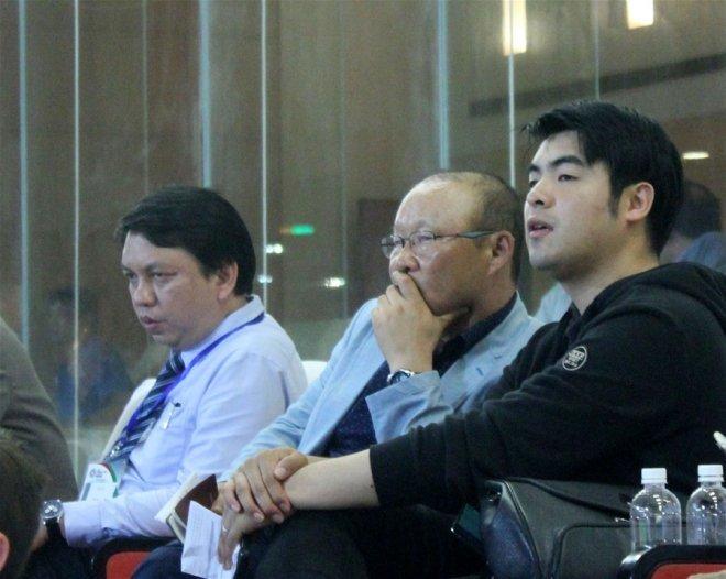 VFF muốn 'trói' thầy Park thêm 3 năm, không lo trả lương cao