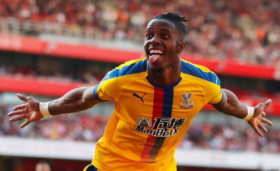 Arsenal 'cắn răng' bán Aubameyang gom tiền mua Zaha