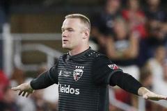 Rooney ghi siêu phẩm bàn thắng từ giữa sân