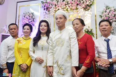 Khánh Linh, từ tình yêu ngọt ngào đến vợ sắp cưới của 'Tư' Dũng