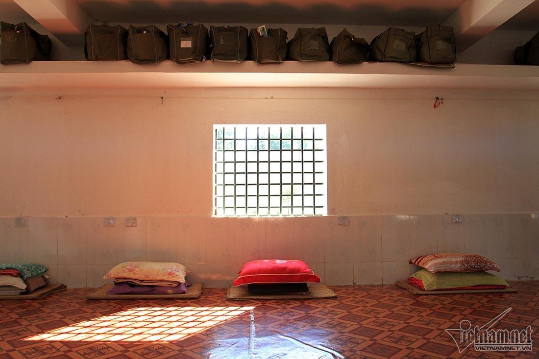 Khao khát nhói lòng trong trại giam số 3 ở Nghệ An