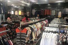 Bán quần áo ế ẩm, dân buôn giảm nhập một nửa hàng Trung Quốc