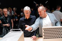 Huyền thoại thiết kế iPhone Jony Ive rời Apple